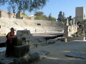 Emilie au théatre romain d'Arles