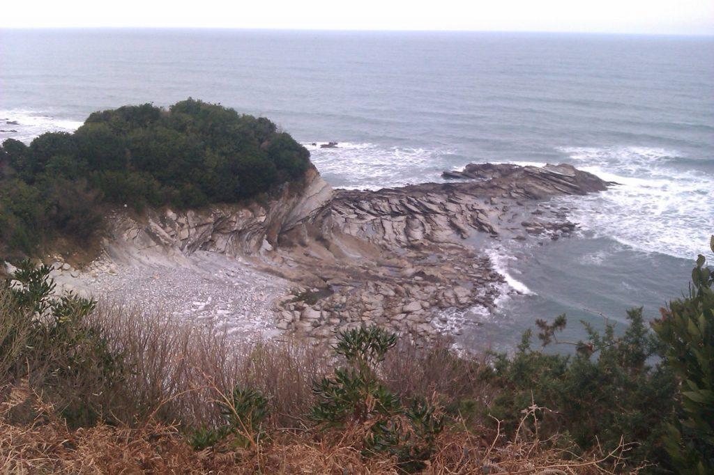 Quand les rochers imitent les vagues