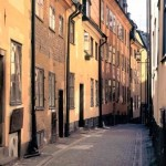 Rue de Gamla Stan à Stockholm (photo de Nick Lott, tiré de wikipédia)