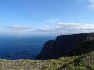 Côte Arctique et ses falaises de 300m